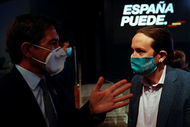 Pablo Iglesias s'entretient avec le président de BBVA, Carlos Torres, ...