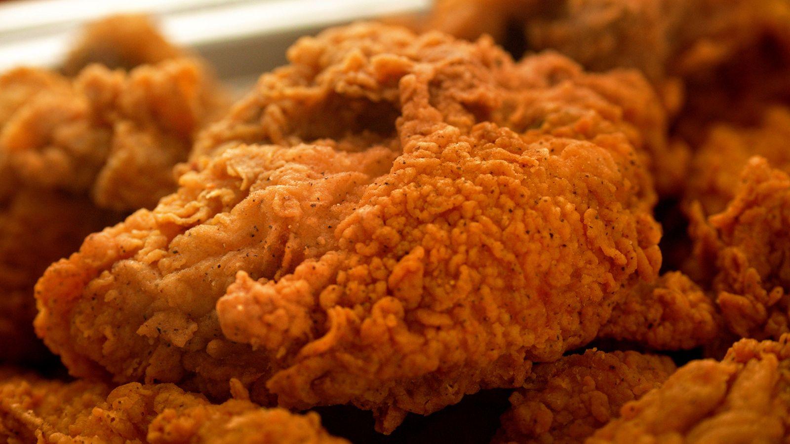 Shoney's ramène le poulet chaud de Nashville pour répondre à la demande des clients