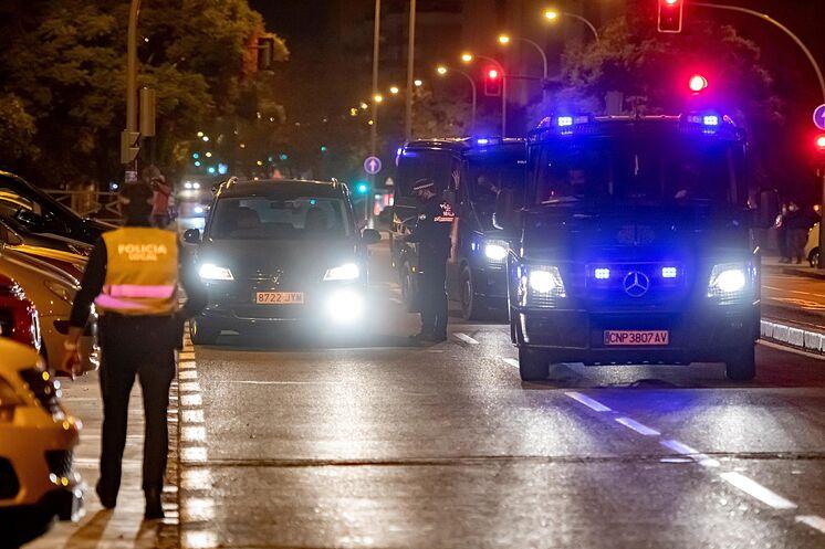 Dispositif de police pendant ce week-end à Séville.
