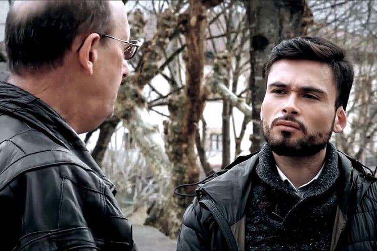 Image du documentaire & apos; Bajo el silencio & apos; avec Mikel Azpeitia à ...