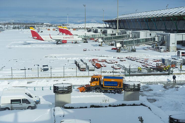 Situation à l'aéroport de Madrid-Barajas en raison de la tempête ...