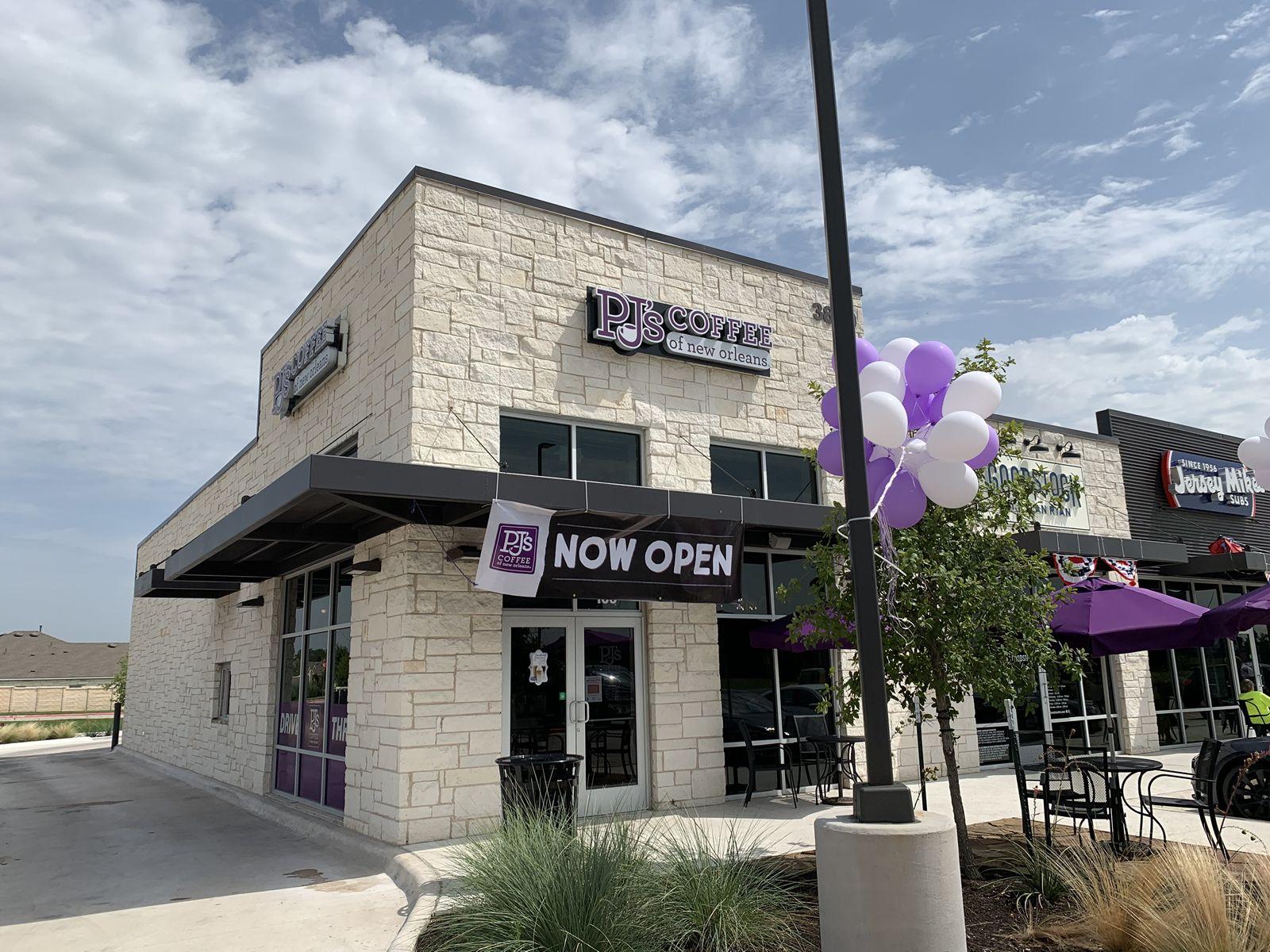 PJ's Coffee of New Orleans reconnu pour sa croissance impressionnante de franchise et poursuit l'expansion de son partenariat stratégique en 2021