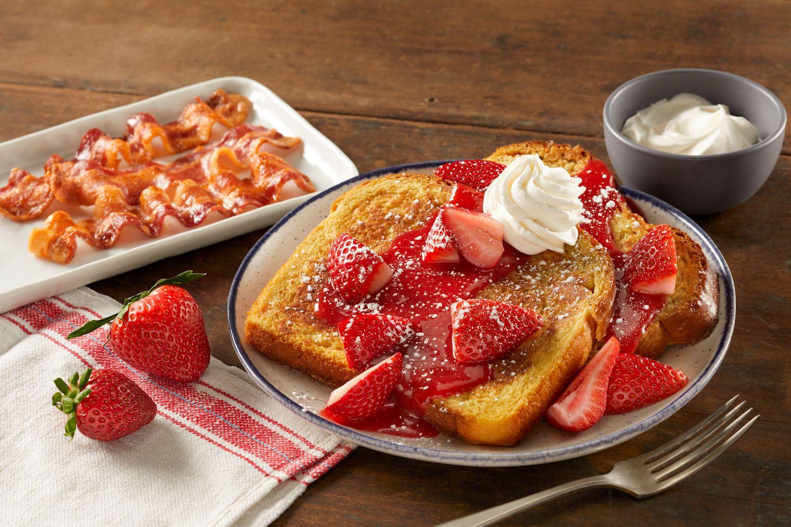 Bob Evans Restaurants présente de nouveaux plats de petits fruits frais de la ferme pour le printemps