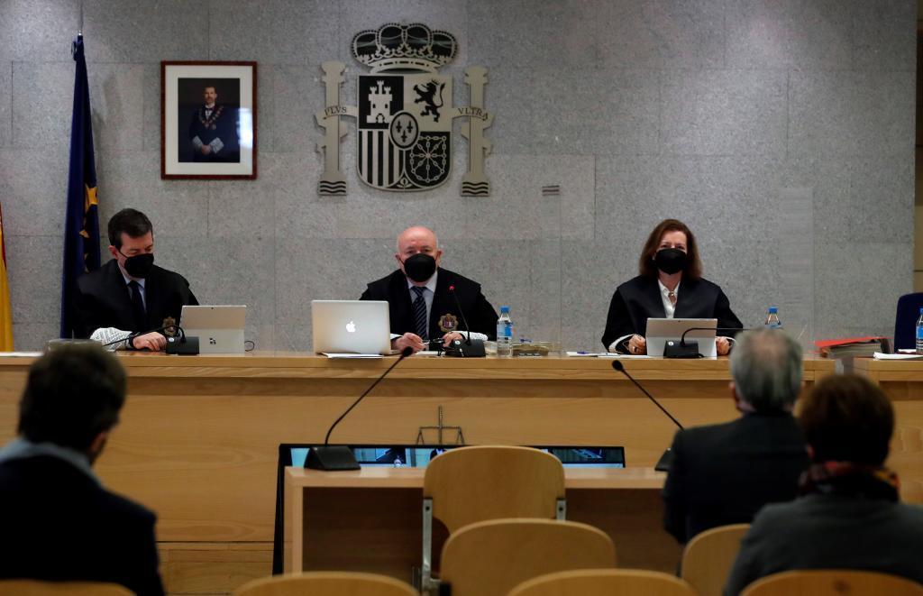 Le tribunal du procès de la «case B» du PP.