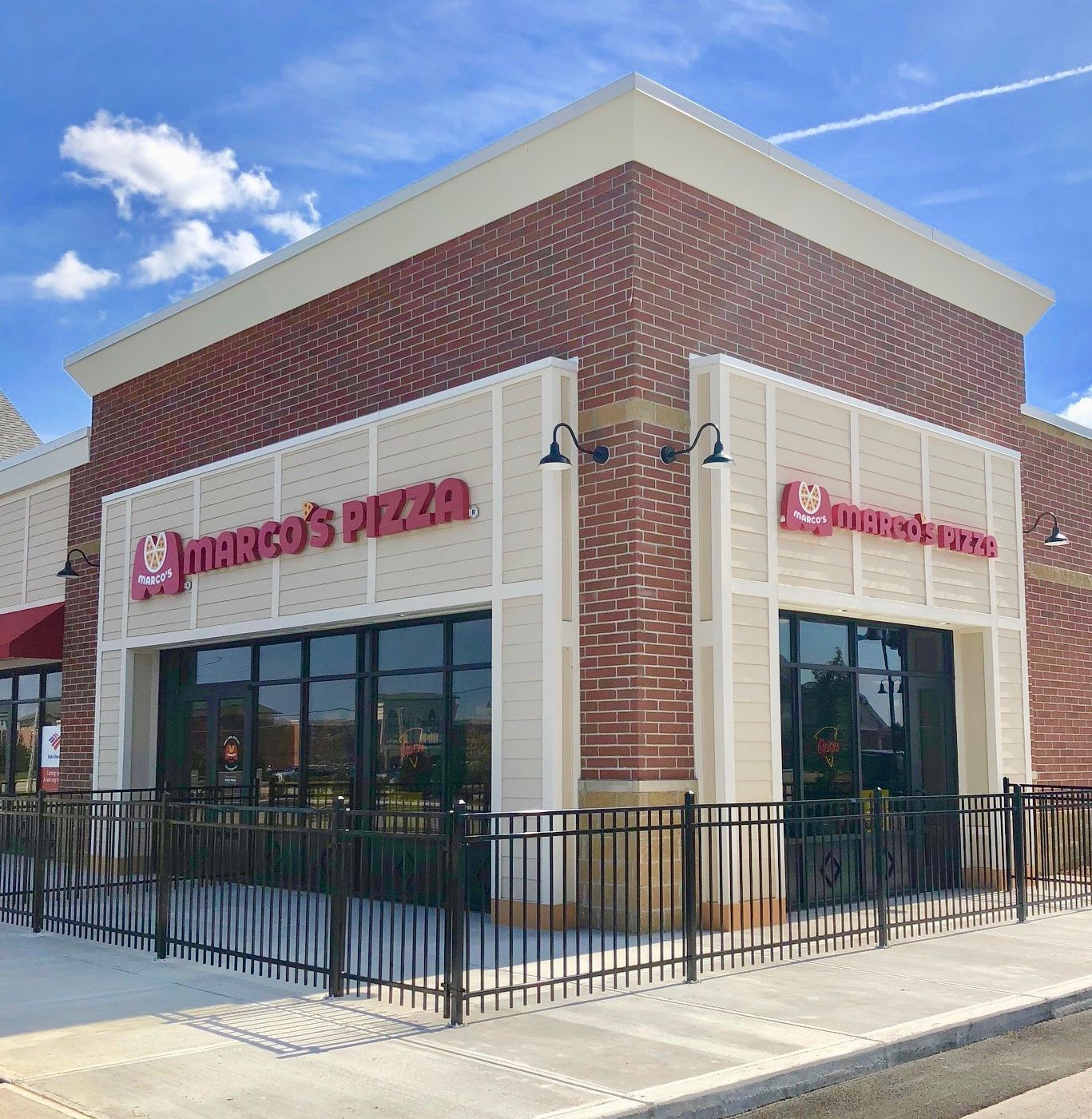 Marco's Pizza étend sa présence nationale en signant 88 nouveaux accords de franchise jusqu'à présent cette année avec plus de 200 nouveaux magasins en développement