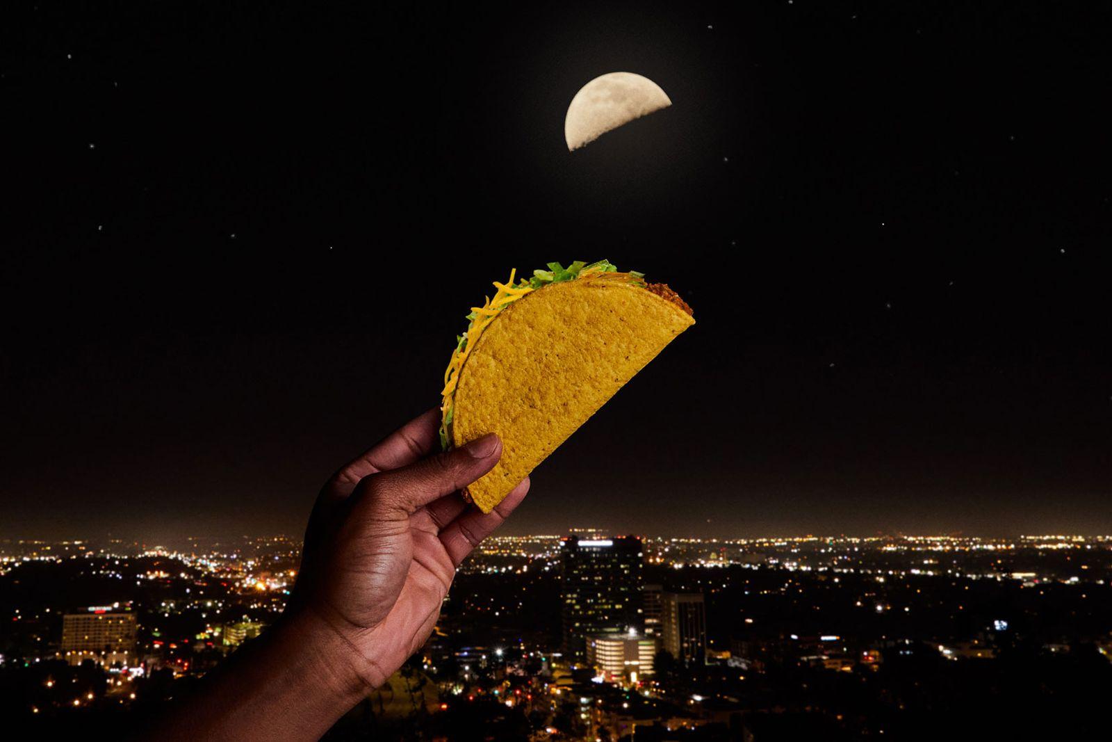 Taco Bell fait appel à la Lune pour présenter le monde entier aux tacos