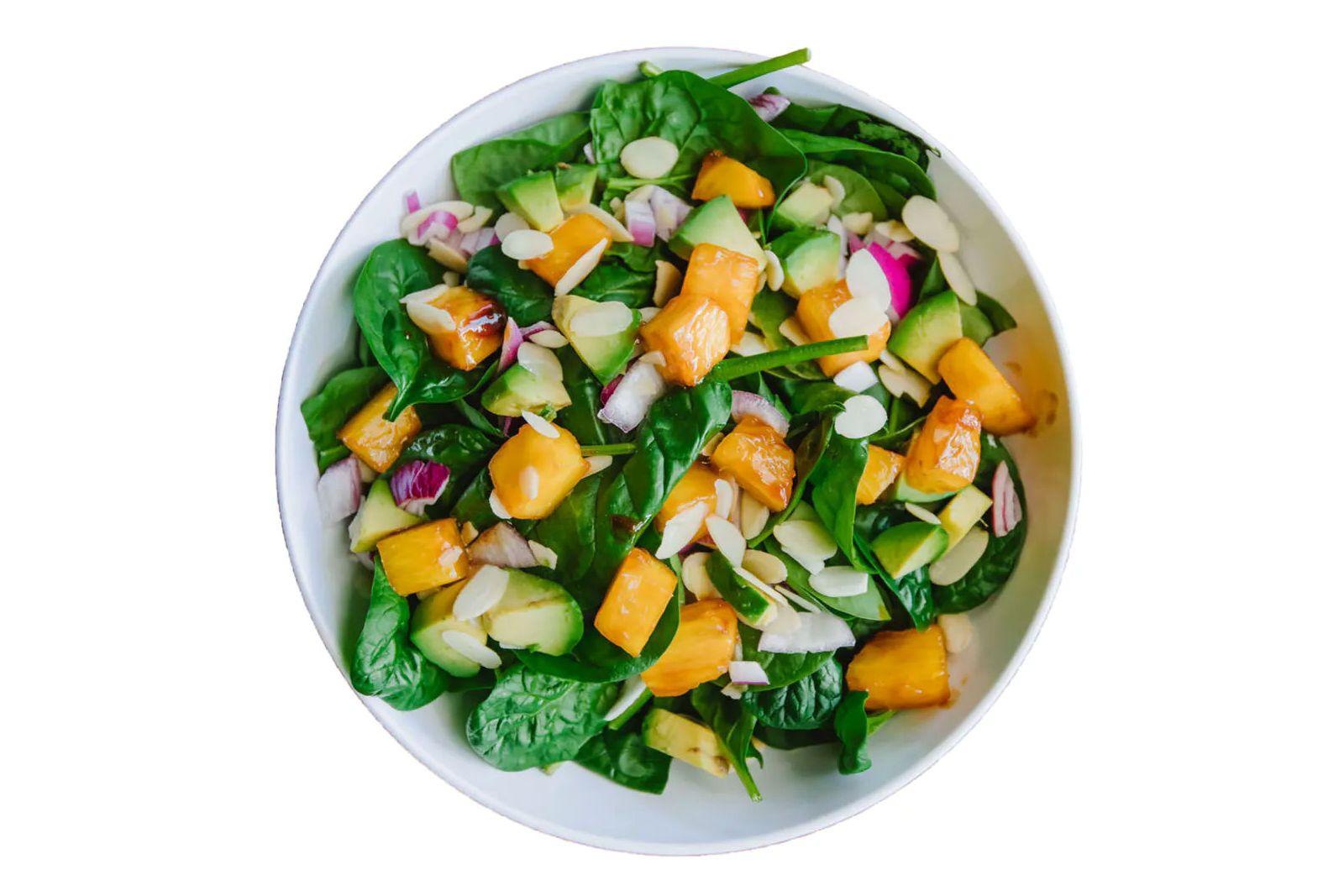 The Salad House présente trois nouveaux éléments de menu juste à temps pour l'été