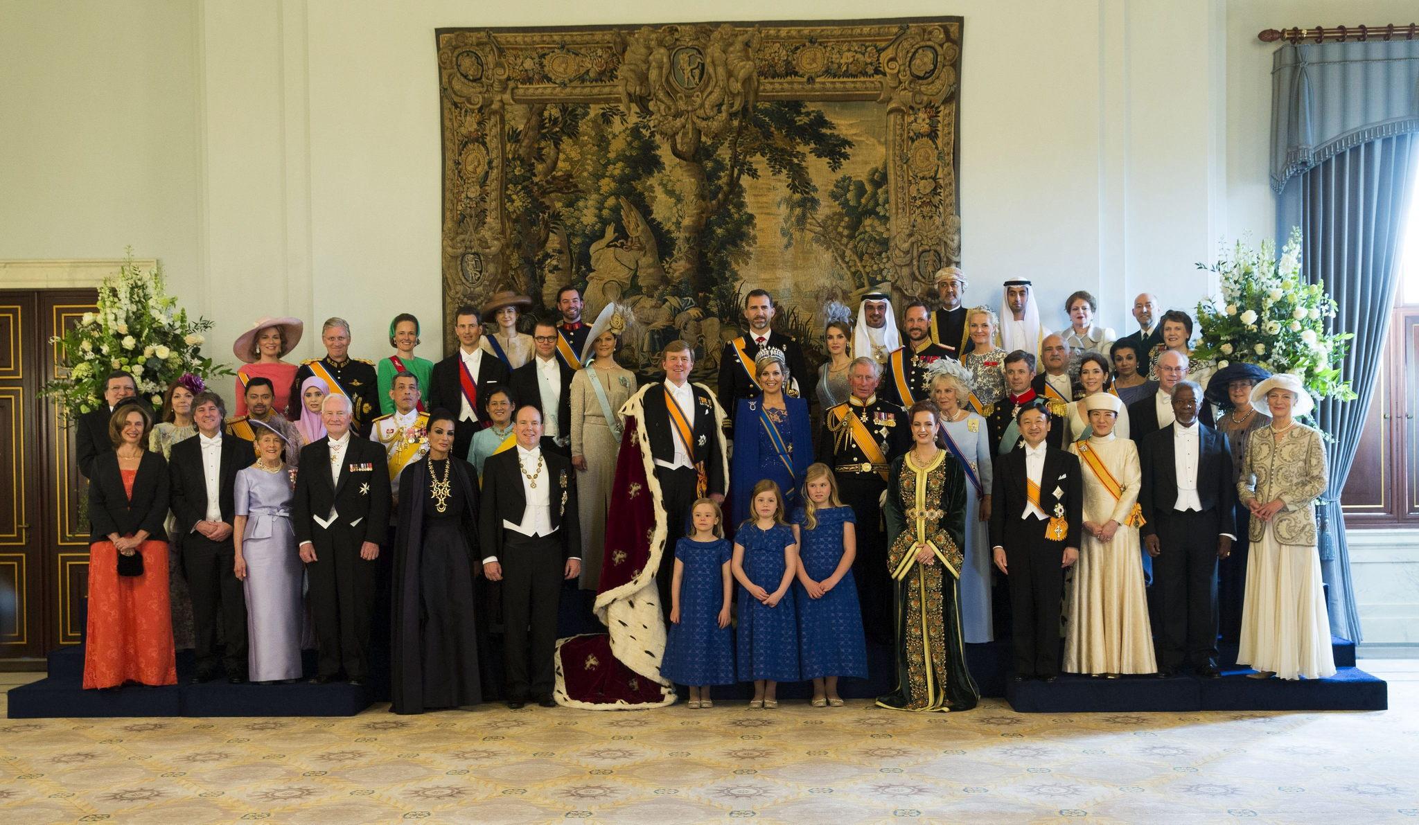 Photo de famille de la cérémonie d'investiture du roi de Hollande William-Alexander.