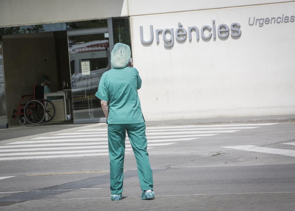 Un service de santé aux portes de l'hôpital La Fe de Valence.