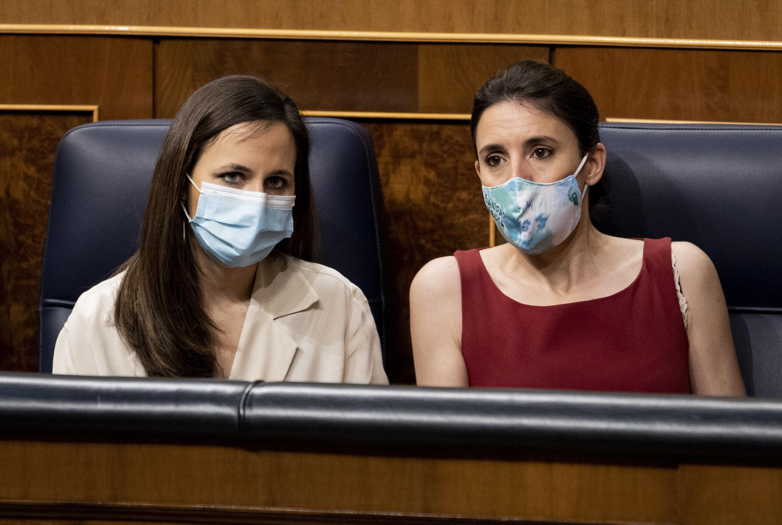 Ione Belarra et Irene Montero, cette semaine au Congrès.