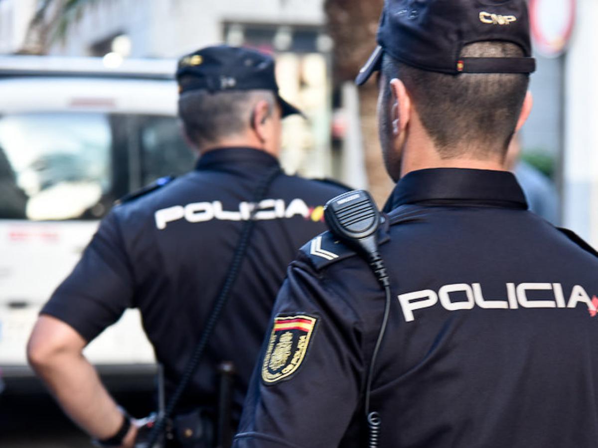 Deux policiers