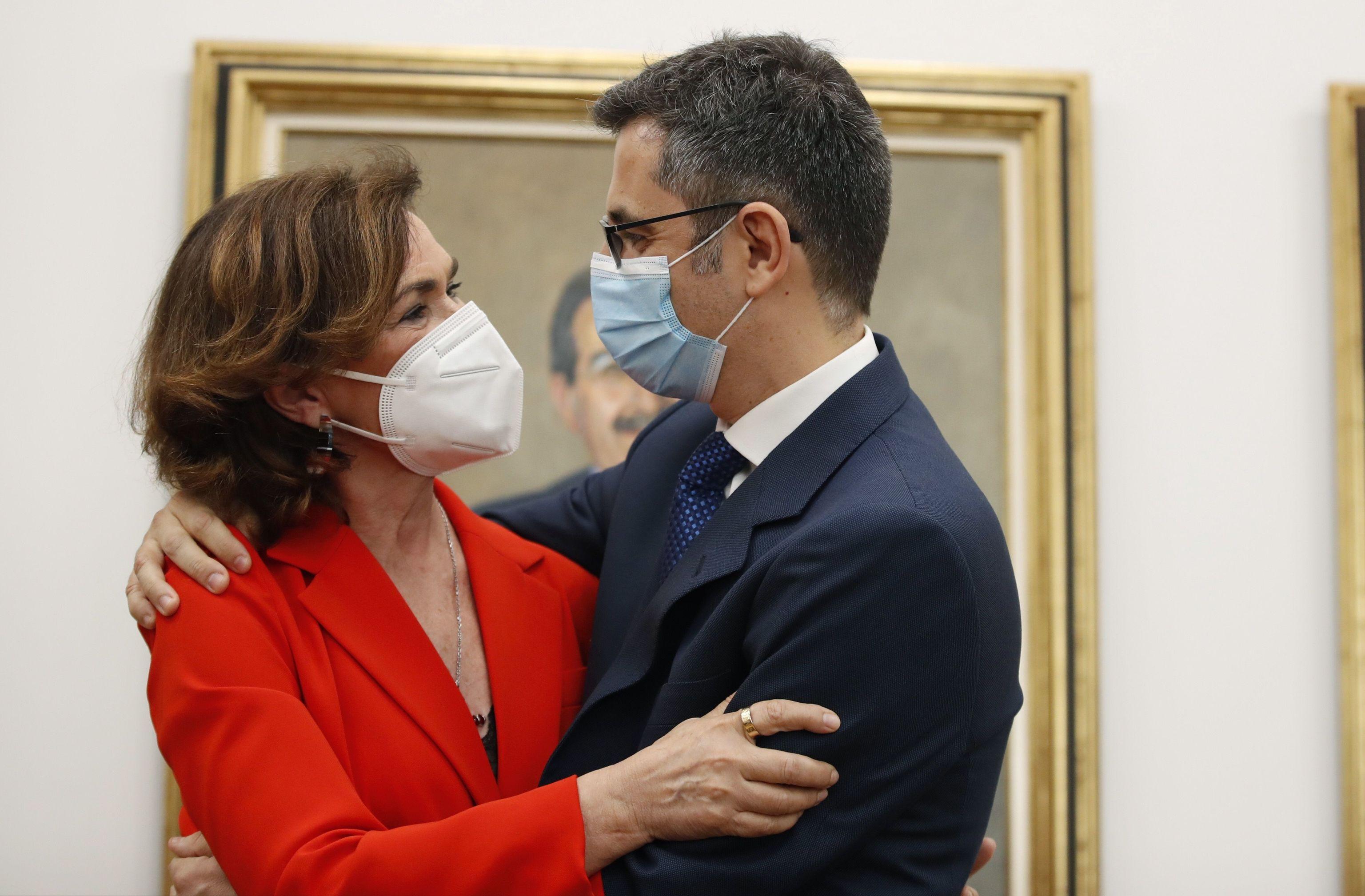 L'ancien vice-président Carmen Calvo et le nouveau ministre de la présidence, F