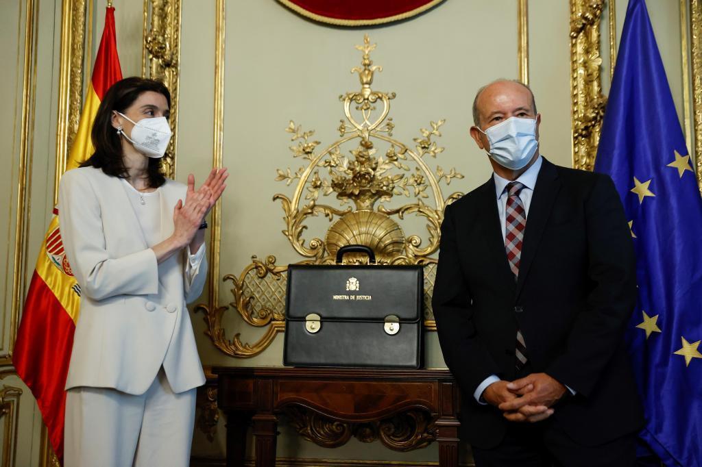 Le nouveau ministre Pilar Llop et Juan Carlos Campo.