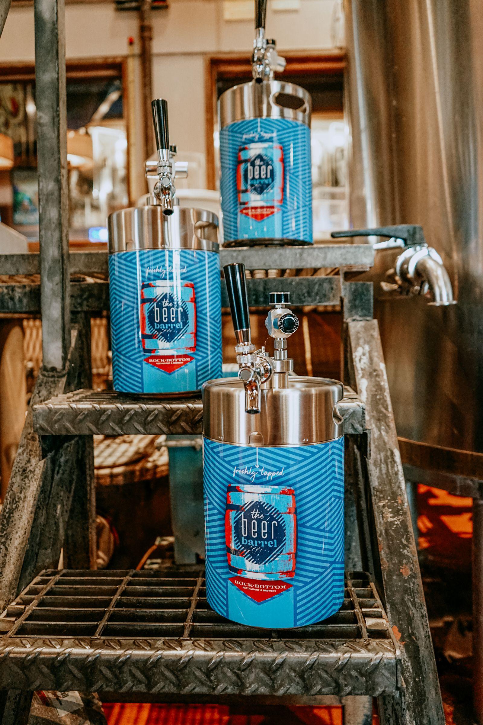 Rock Bottom lance un club de bière avec des mini barils de bière en fûts «premiers en son genre»