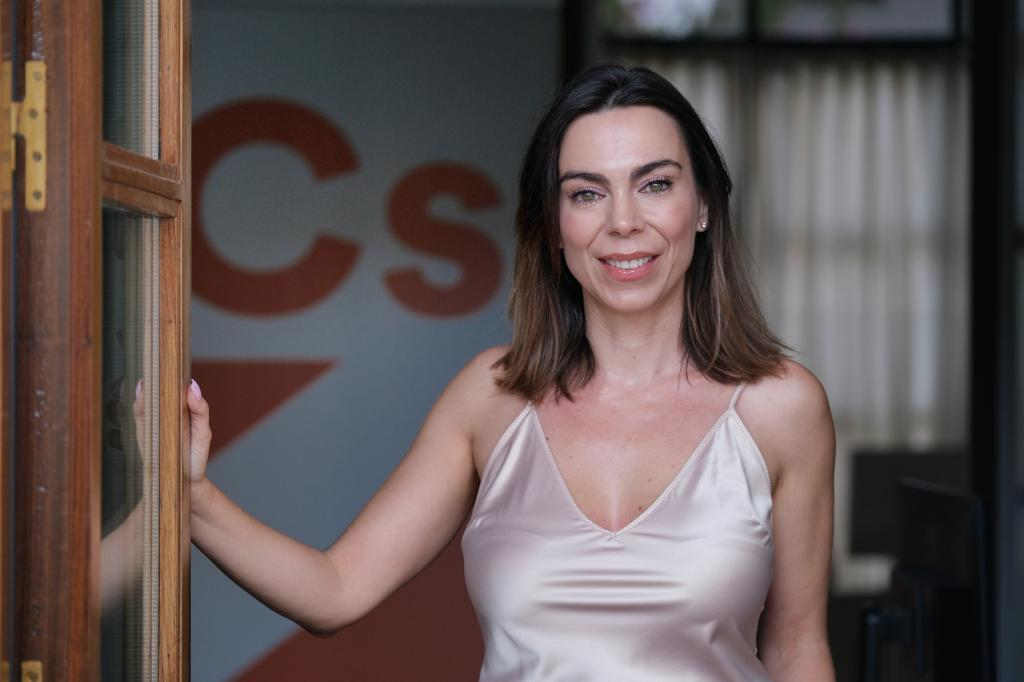 Teresa Pardo, au Bureau des citoyens du Parlement andalou.