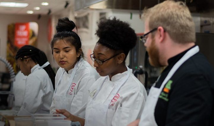 US Foods nomme 18 nouveaux étudiants au programme US Foods Scholars