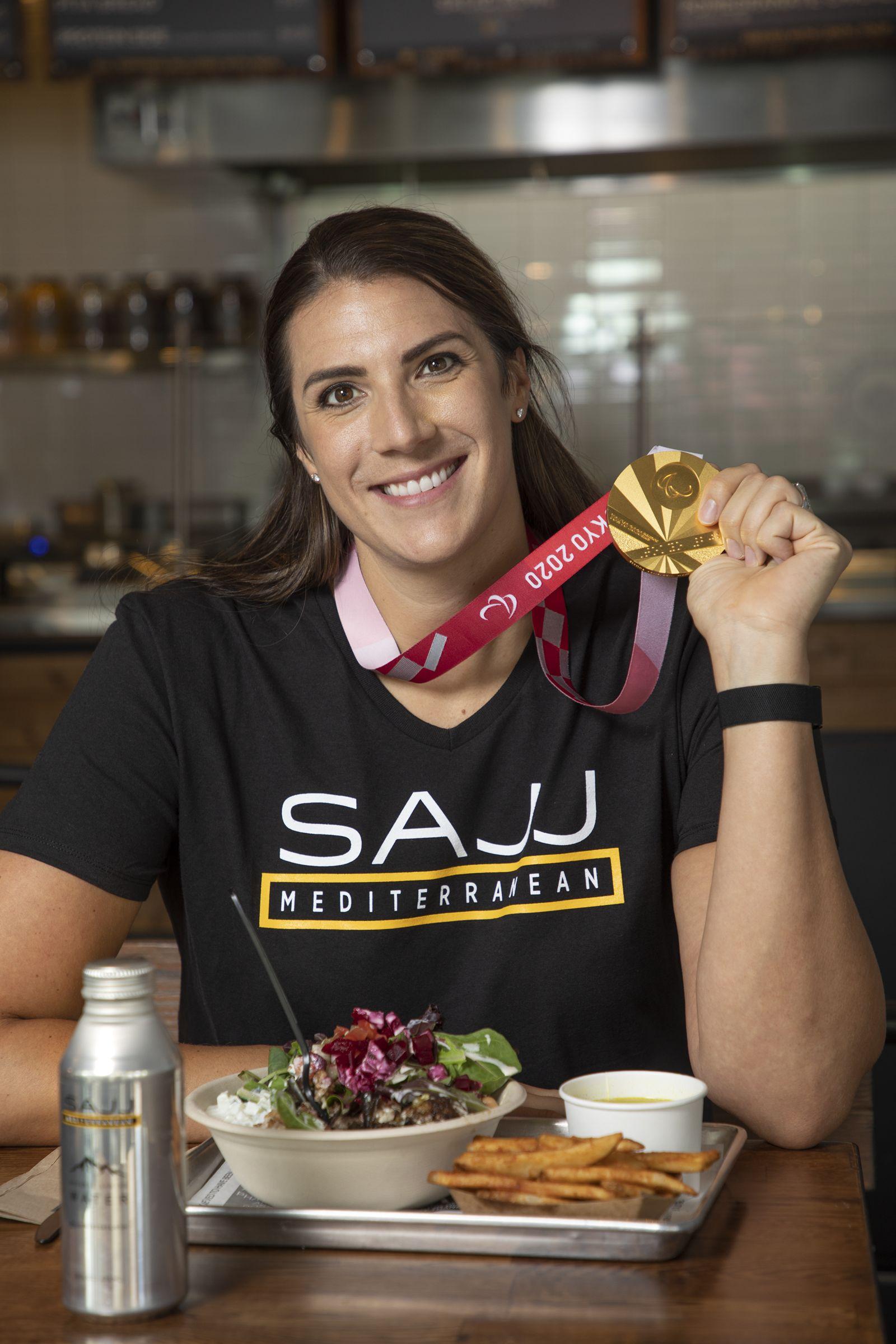 Partenariat SAJJ Mediterranean Aces avec Katie Holloway, MVP paralympique des États-Unis et médaillée d'or