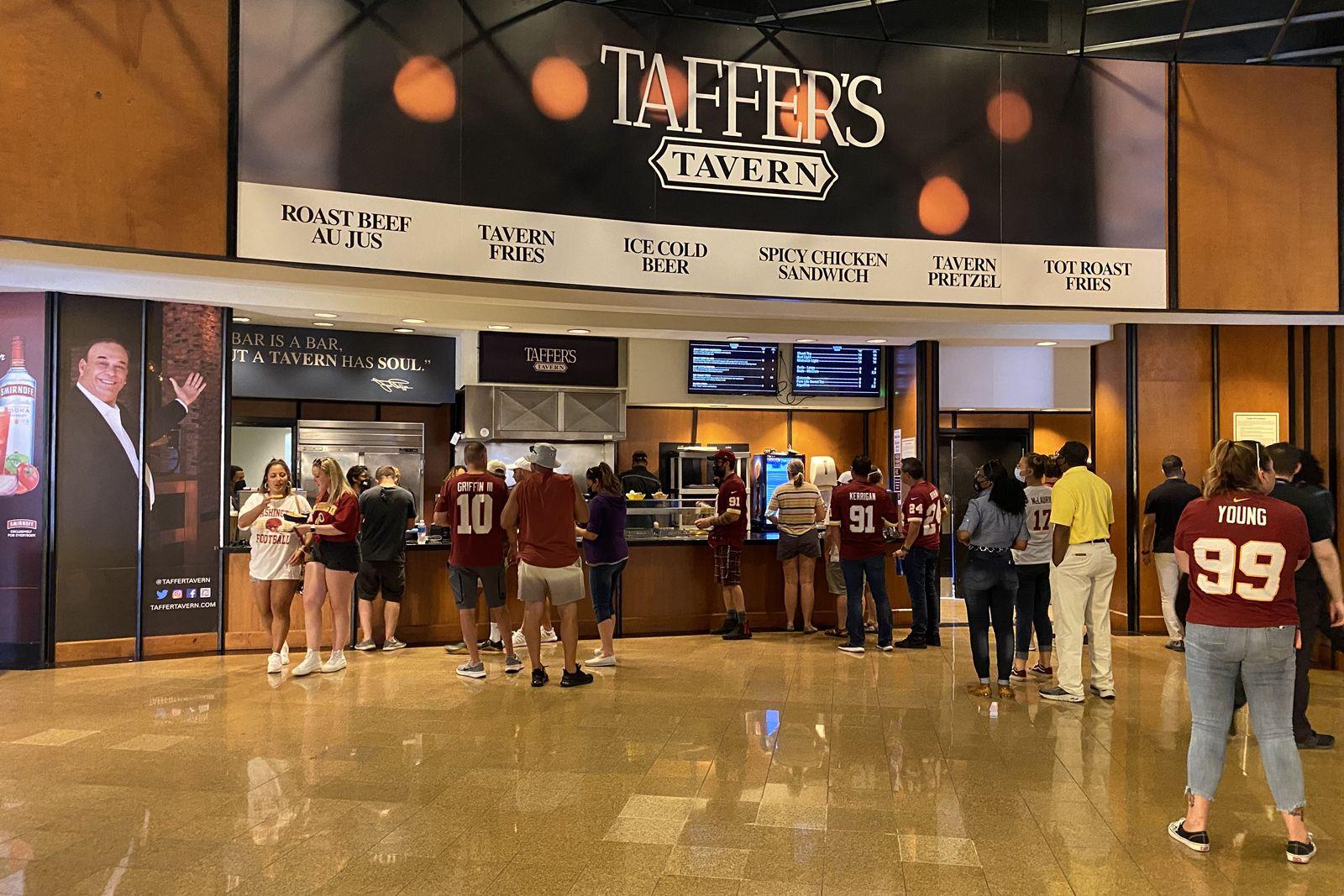 Jon Taffer apporte le concept de taverne innovant de Taffer à FedEx Field