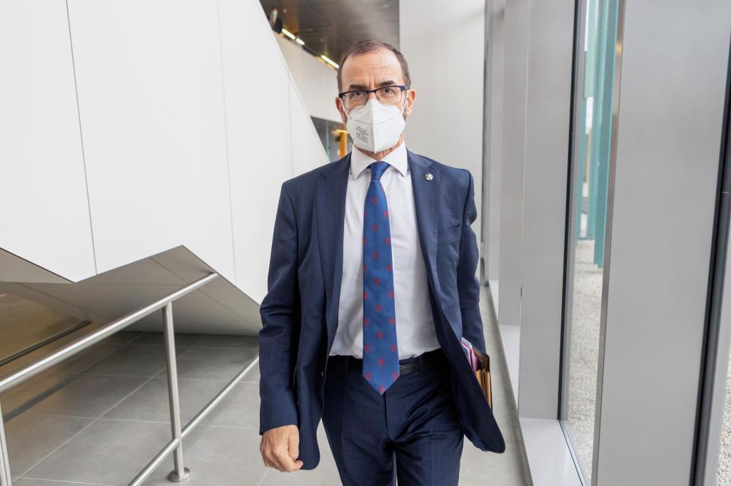 Camilo Villarino, à l'arrivée aux courts de Saragosse.
