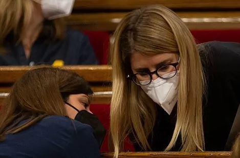 La porte-parole de Junts, Elsa Artadi, au Parlement.