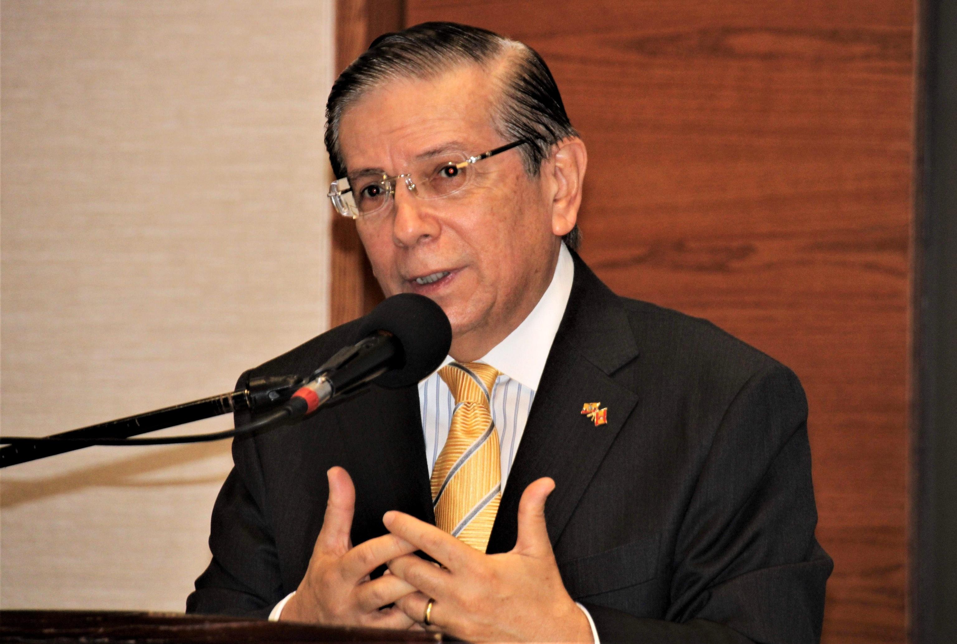 L'ancien ambassadeur de l'Equateur en Espagne