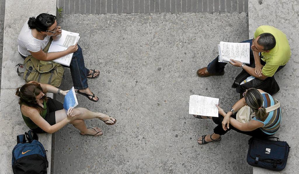 adversaires valenciens avant de passer un examen.