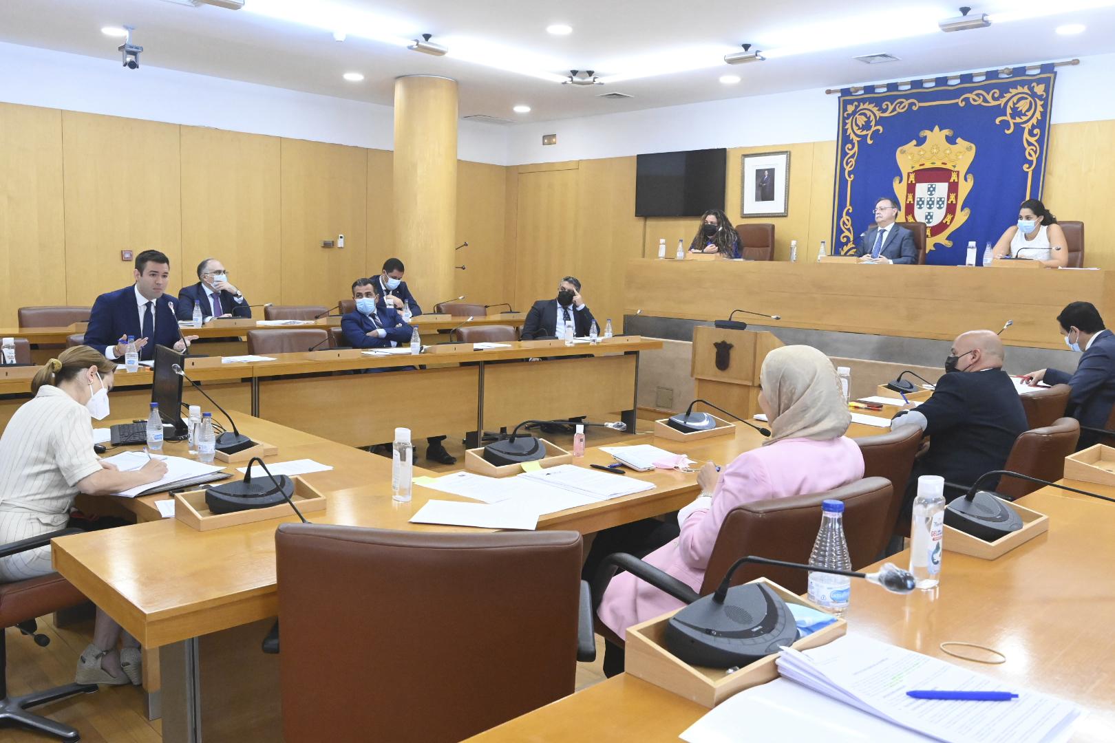 Image d'archive de la session plénière de l'Assemblée de Ceuta.