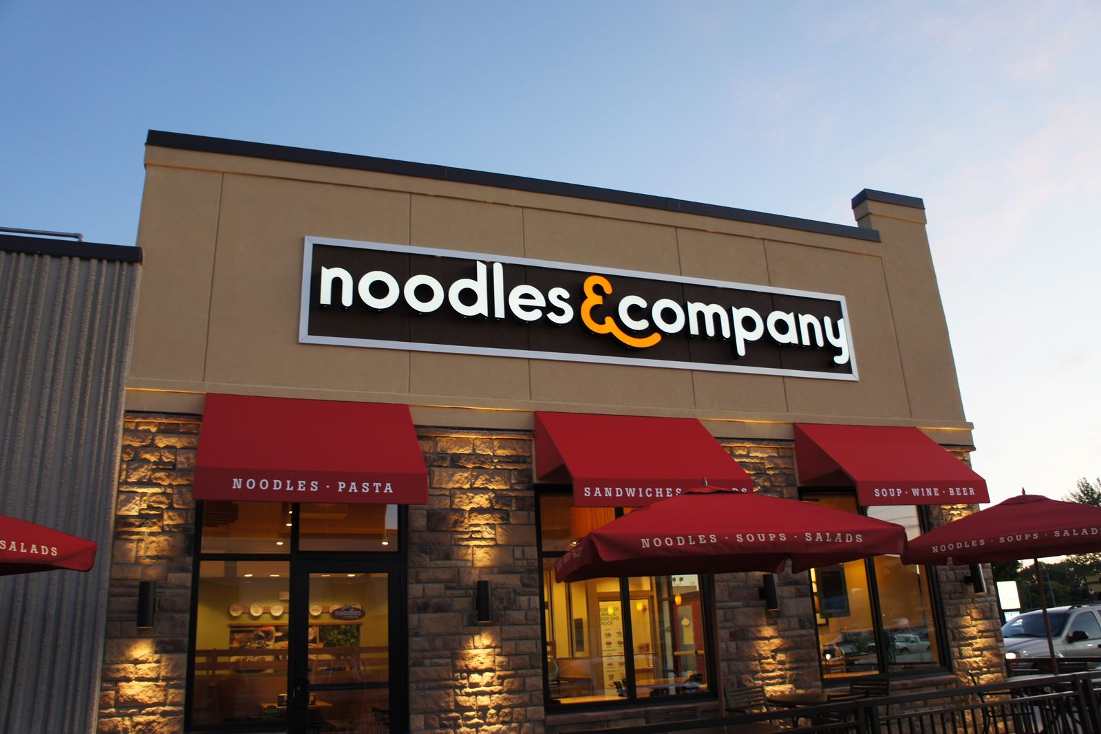 Noodles & Company teste la deuxième cuisine fantôme à San Jose