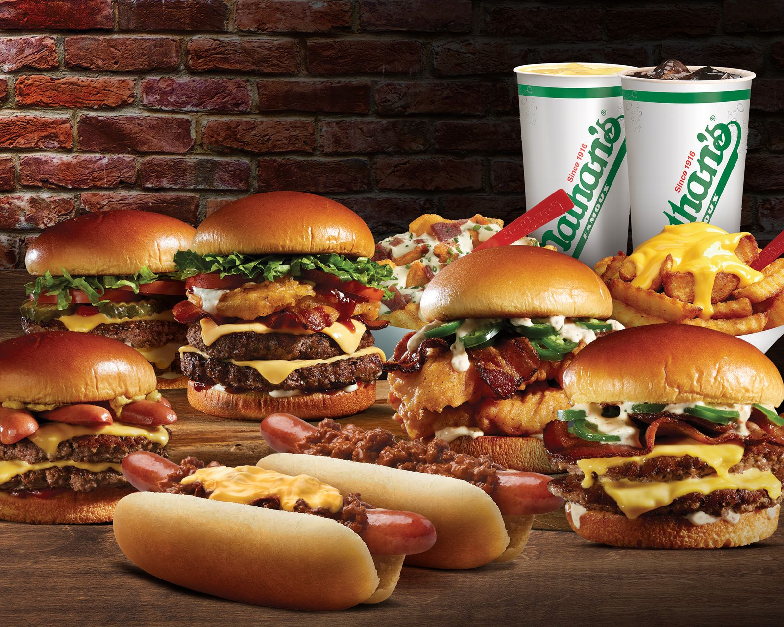 Nathan's Famous annonce un accord avec Branded Virtual Kitchens